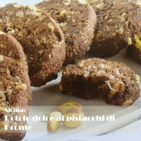 Sicily: Roll cake with pistachios from Bronte